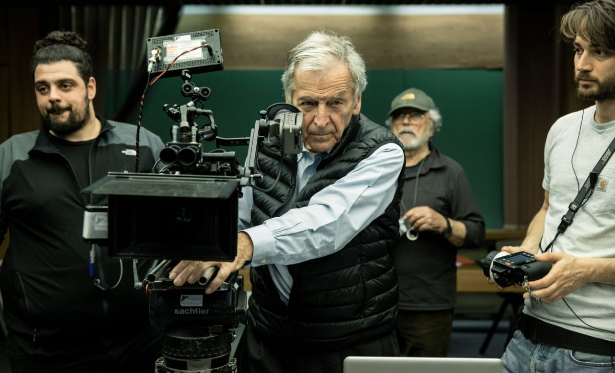 Costa-gavras-adults-in-the-room-grece-1200x728